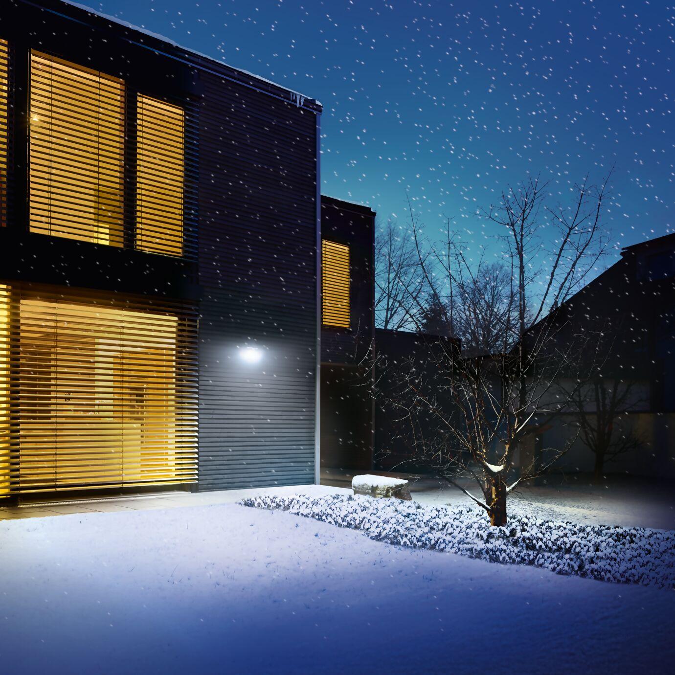 solarleuchten-xsolar-moodbild-winter.png