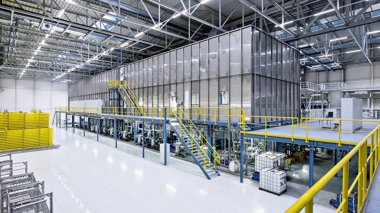 lichtmanagemenet-system-livelink-fabrik.png